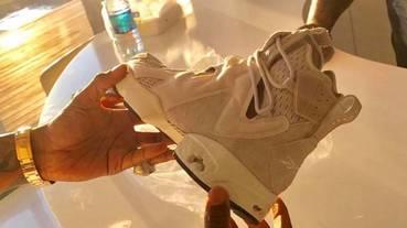 新聞分享 / 歌手 Future 曝光與 Reebok Classic 合作的最新鞋款