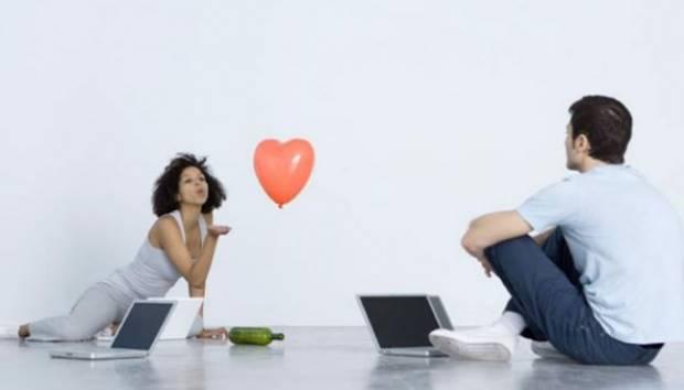 Ilustrasi online dating/ kencan online. Digitaltrends.com