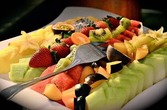Buka Puasa Sehat Dahulukan Makan Buah Bukan Gorengan, Ini Penjelasan Alquran