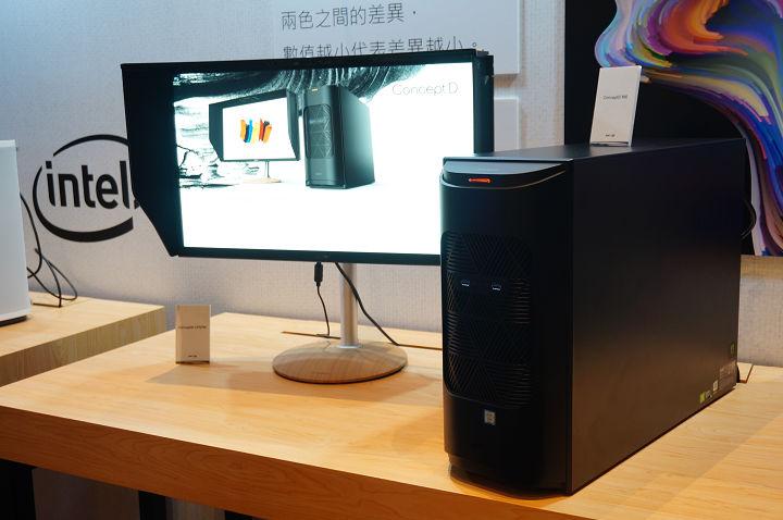 右邊的黑色主機為預計在今年第四季上市的 Acer ConceptD 900,左邊搭配的螢幕是 CP7271K P。