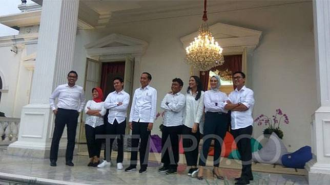 Presiden Joko Widodo alias Jokowi mengumumkan tujuh staf khususnya di Istana Merdeka, Jakarta, Kamis, 21 November 2019. TEMPO/Ahmad Faiz