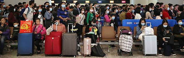 China coronavirus: give us free masks, make health declarations at all entry points compulsory and put Wuhan on same travel alert as Syria, medical experts tell Hong Kong government