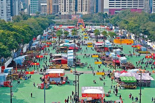 ■維園作為全港最大的年宵市場,每年都熙來攘往,但昨日下午所見,場內人流稀疏。