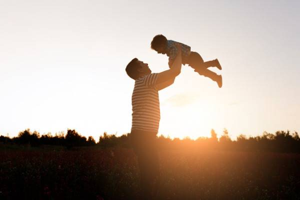 10 Cara untuk Menjadi Ayah yang lebih Baik