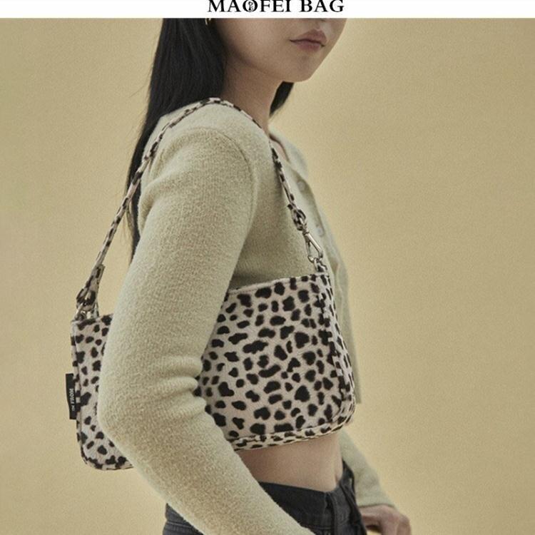 豹紋復古包包女2020春季新款小眾法棍包OL通勤百搭腋下包手拎包潮