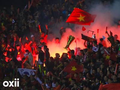 Lại đốt pháo sáng, ý thức khán giả Việt Nam kém nhất Đông Nam Á