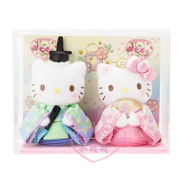 ♥小花花日本精品♥HelloKitty凱蒂貓女兒節娃娃擺飾居家擺飾坐姿扇子和服日式風格2入組新款12347209