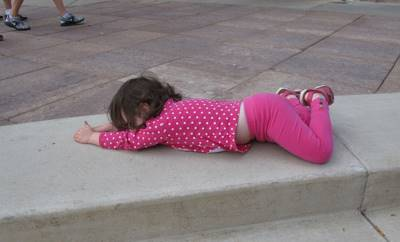 """5 tính xấu của con bắt nguồn từ """"thói hư tật xấu"""" của cha mẹ: Trẻ hư lỗi do người lớn cả!"""