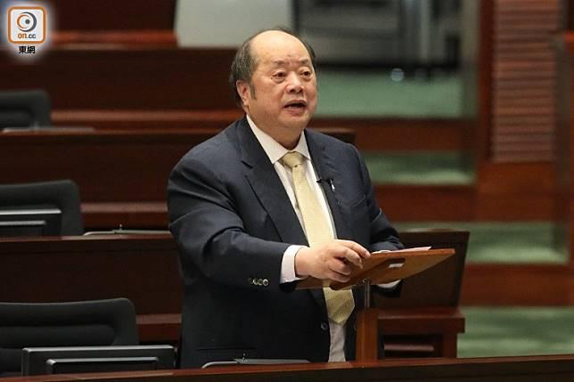 張華峰認為港府應檢討和加強對外國的游說策略。(羅錦鴻攝)