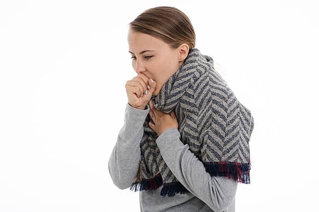 秋涼鬧咳嗽分種類!  如果你是這一種咳快別吃薑母鴨、羊肉爐