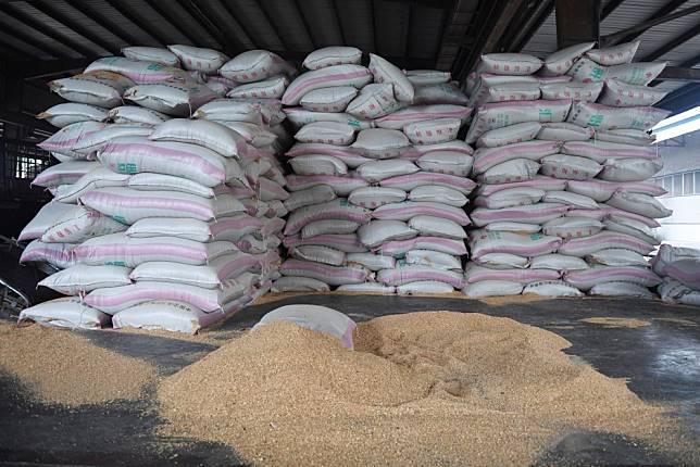 China 'must ensure its own food security', but soybean imports to continue