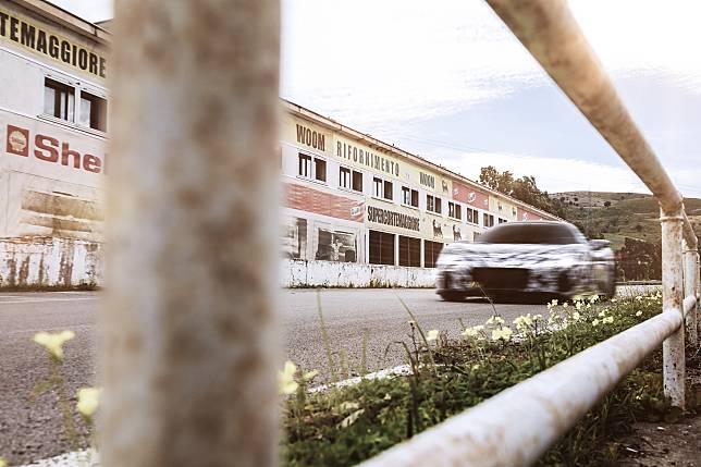 Maserati Uji Coba Prototipe MC20 di Trek Legendaris Targa Florio