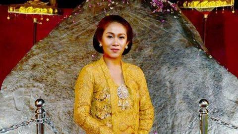 Hidup Glamor Ratu Keraton Agung Sejagat Fanni Aminadia