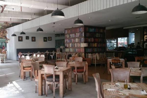 10 Tempat Nongkrong Asyik di Jakarta Barat