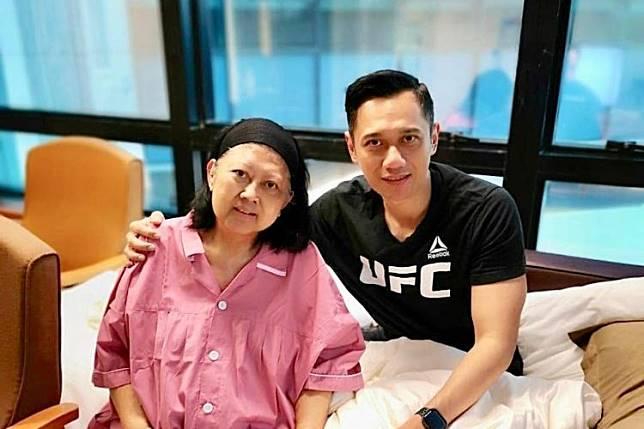 Temui Cinta Sejatinya, Ani Yudhoyono Kali Pertama Tampil dengan Makeup Usai Divonis Leukimia