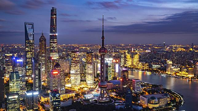Shanghai has a long way to go before it can claim to be a global financial centre, says European business group