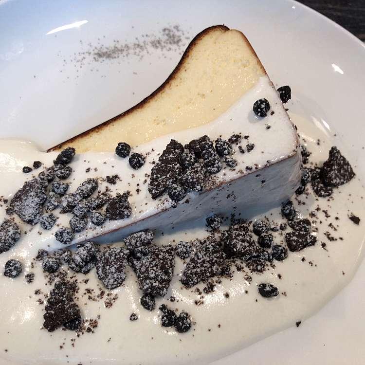 ユーザーが投稿したバスクチーズケーキの写真 - 実際訪問したユーザーが直接撮影して投稿した歌舞伎町喫茶店No.13cafeの写真