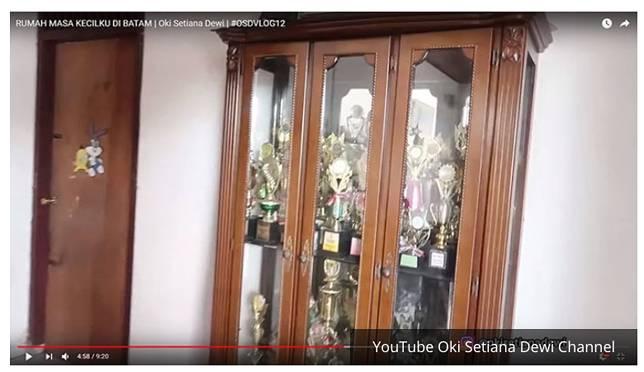 Rumah masa kecil Ria Ricis dan Oki Setiana Dewi