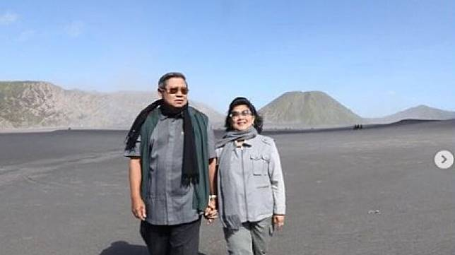 Momen kebersamaan SBY dan Ani Yudhoyono. (Instagram/@aniyudhoyono)