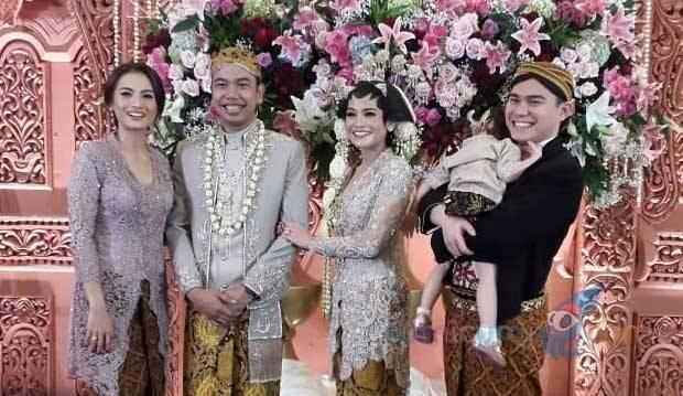 Adik Menikah, Acha Septriasa Lantunkan Ayat Suci Al Quran