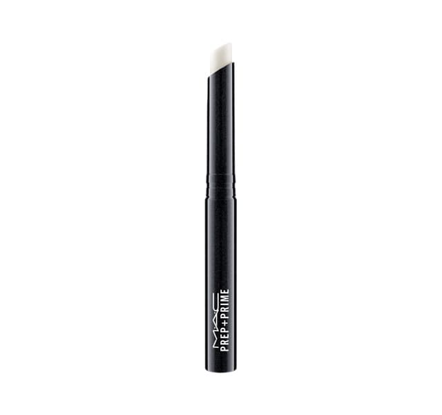 此款妝前唇霜用於唇膏之前打底。能保濕、隱形唇紋、嫩唇,使雙唇變得水感豐潤,使唇妝效果更好。妝前唇霜