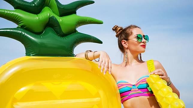 4 Summer Bag Super Gemas Ini Wajib Ada di Wishlist Kamu!