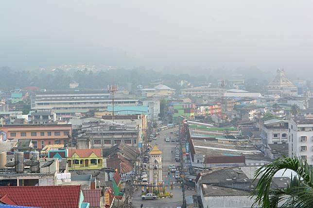 พบค่าฝุ่นยังไม่เกินมาตรฐานปกคลุมพื้นที่เมืองยะลาอิทธิพลจากไฟป่าอินโดนีเซีย
