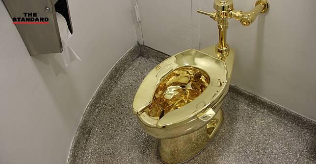โจรขโมยส้วมทองคำ ผลงานศิลปะชิ้นดังของศิลปินชาวอิตาเลียน หลังถูกจัดแสดงที่อังกฤษ