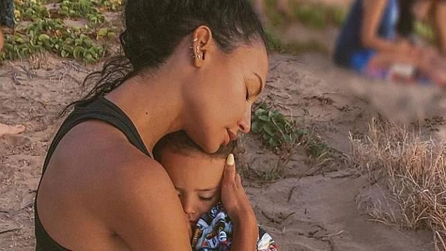 Naya Rivera dan anaknya. (Instagram/ nayarivera)