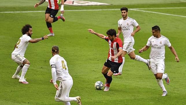 Jalannya pertandingan Athletic Bilbao vs Real Madrid di Stadion San Mamés Barria