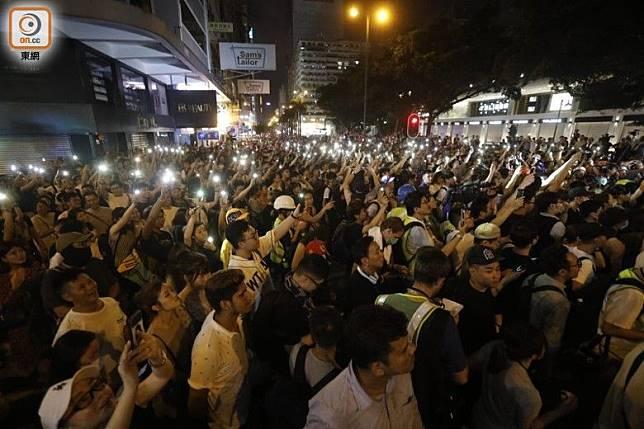 尖沙咀早前示威衝突情況。