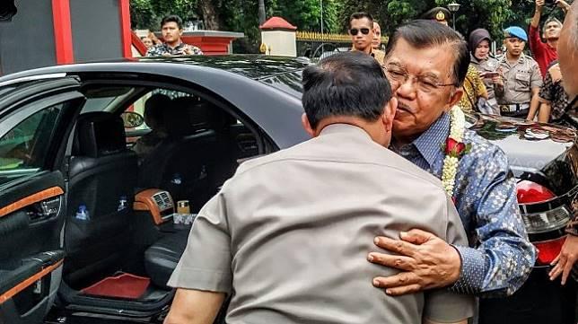 Wakil Presiden Jusuf Kalla di Auditorium Mutiara Perguruan Tinggi Ilmu Kepolisian (PTIK), Kebayoran Baru, Jakarta Selatan, Jumat (18/10/2019)  [Suara.com/M. Yasir]