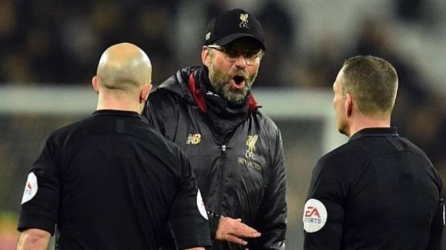 3 Catatan Dosa Simon Beck, Hakim Garis yang Legalkan Gol Offside Liverpool