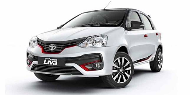 Toyota Etios Liva versi India (GaadiWaadi)