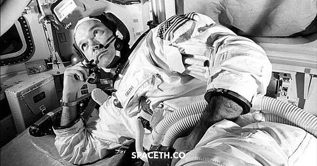 ไมเคิล คอลลินส์ นักบินอวกาศผู้ถูกลืม ในภารกิจลงดวงจันทร์ครั้งแรกของมนุษยชาติ