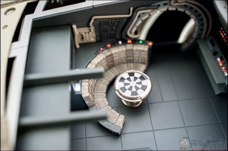 千年鷹號 Millennium Falcon 1:1 模型開箱 - 08