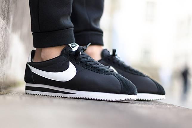5 Sneakers Keren di Bawah Harga 1 Juta Rupiah! Bergaya Gak Musti Selalu  Mahal 5ac722aabd