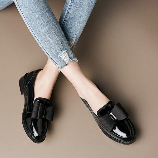 女牛津鞋 韓版女鞋子 新款女英倫風黑色百搭平底單鞋女一腳蹬蝴蝶結女鞋小皮鞋《小師妹》sm3543