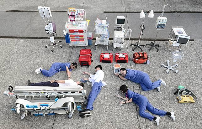 急診室也瘋「真人開箱」  不為人知的救命神器一一曝光