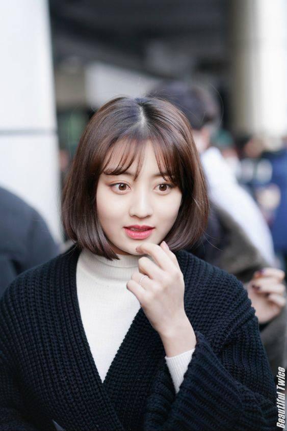 8 Model Poni Tipis Ala Korea Untuk Wajah Bulat Agar Terlihat Menawan Womantalk Com Line Today