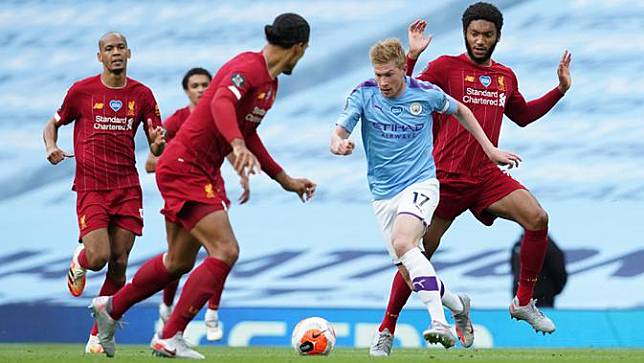 Manchester City Bantai Liverpool 4-0 di Etihad