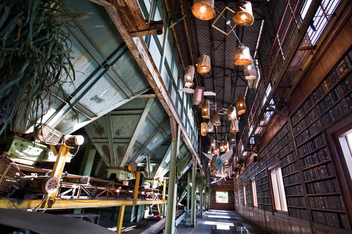 哈利波特迷必朝聖!廢棄糖廠重現「霍格華茲經典場景」,飛天掃帚、魔法壁爐一次拍個夠