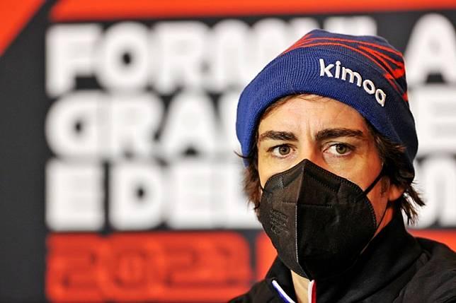 Fernando Alonso Dikhawatirkan Bernasib Sama seperti Valentino Rossi di MotoGP