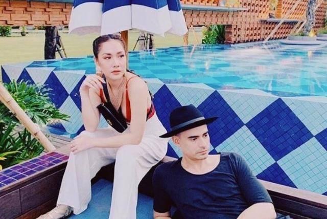 Intip Pose Keren Selebriti di Beach Club Paling Hits di Bali Berikut Ini!