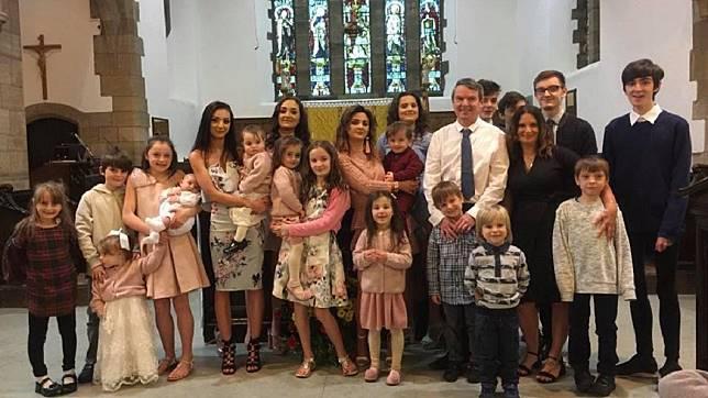 目前已有21個小孩(圖/翻攝自臉書The Radford family)
