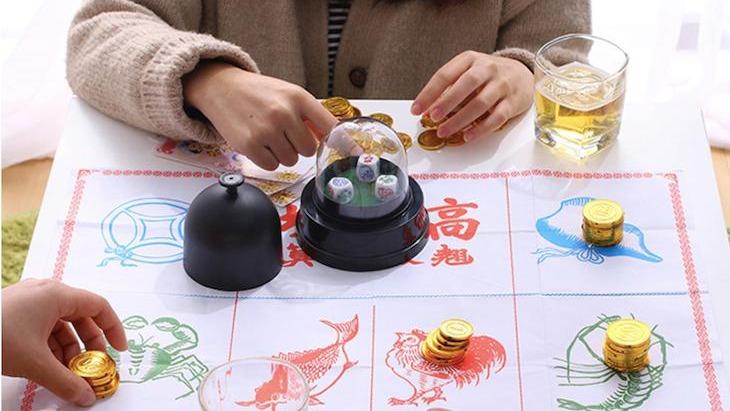 跨年該怎麼打發時間?來玩 8 款新奇有趣的桌遊!