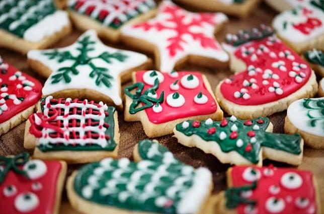 Mudah dan Enak, Berikut 4 Ide Cemilan Natal untuk Menjamu Tamu!