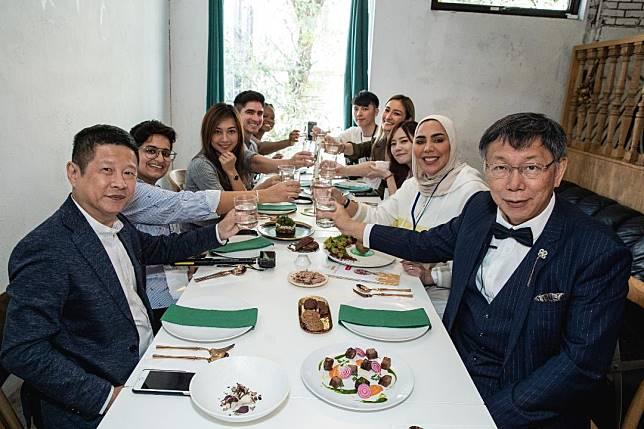 化身金牌特務 柯 P邀跨國網紅齊聚臺北   潮食尚行程全攻略放送全世界