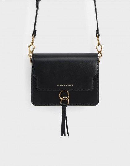 現貨 小CK 新加坡品牌 Charles & Keith 黑色 流蘇造型側背包 小包 包包