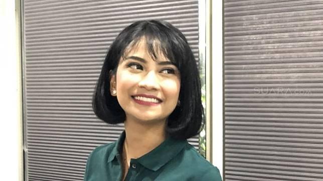 Vanessa Angel di kawasan Kebayoran Baru, Jakarta Selatan pada Selasa (23/7/2019). [Revi Cofans Rantung/Suara.com]